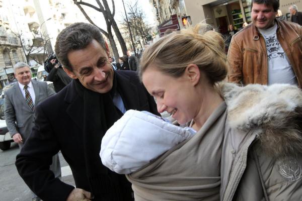 Campagne Sarkozy bébé