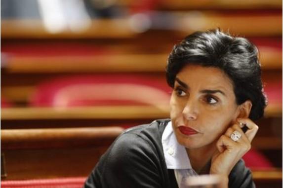 Dati - photo originale avec bague © François Bouchon/Le Figaro