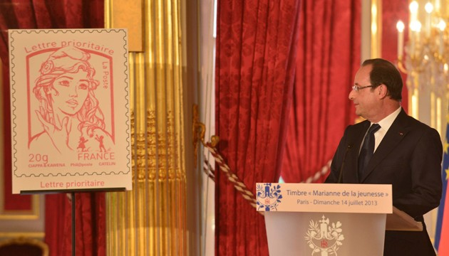 Hollande timbre femen