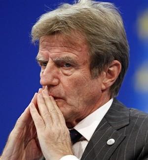 Kouchner Péan