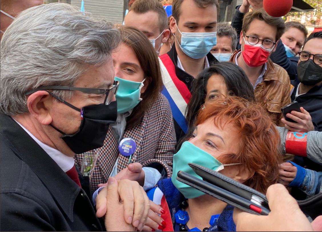 Mélenchon et Benbassa (et la moitié supérieure du visage de Karima Delli, candidate union de la gauche aux régionales)
